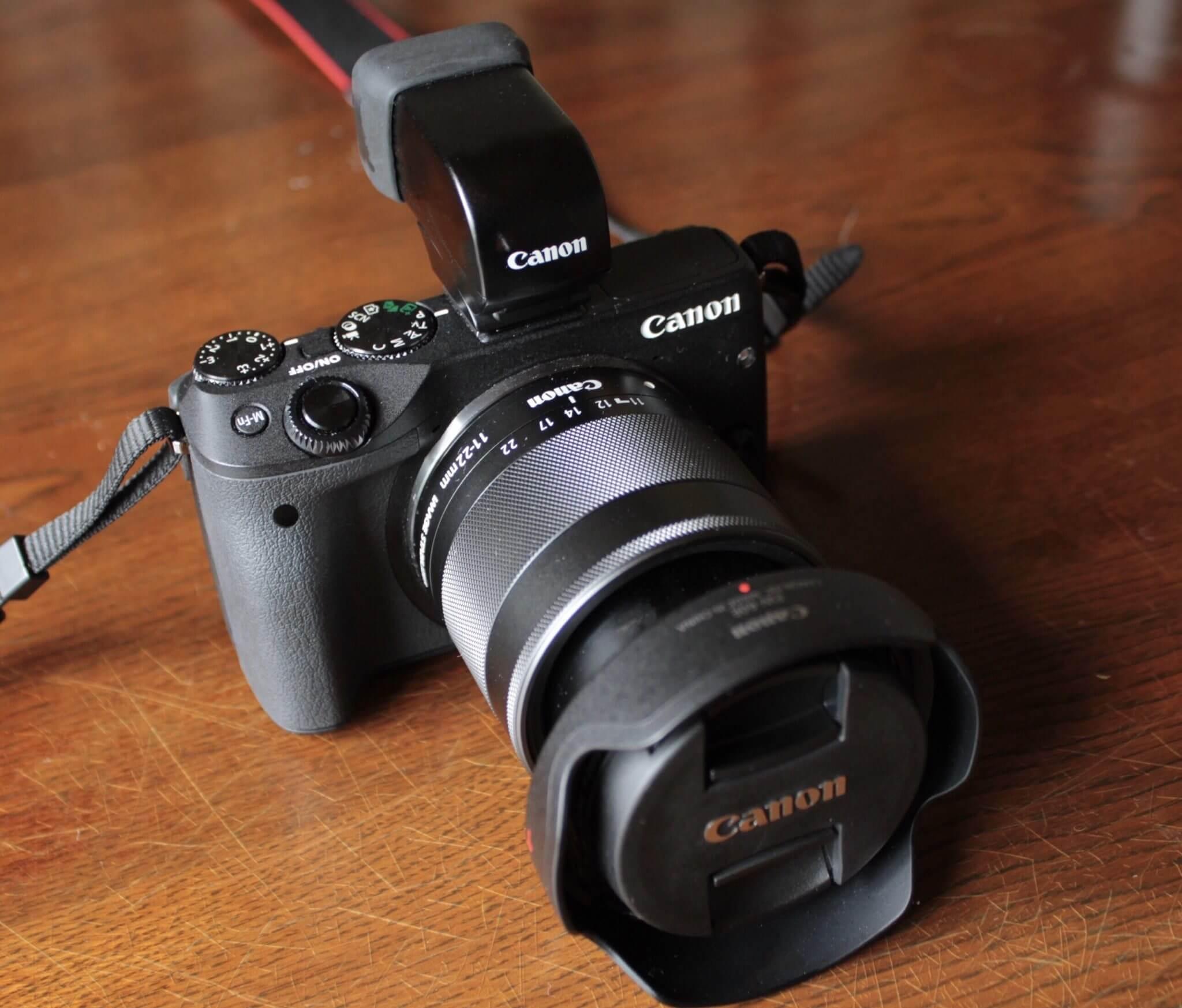 Canon EOS M3に必需品!電子ビューファインダーを紹介します